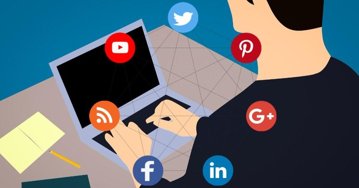 escritores redes sociales