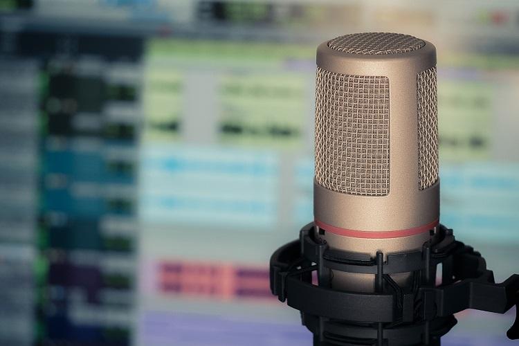 Los podcast que todo fan de la poesía debe conocer