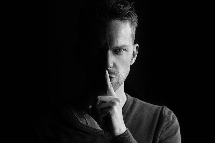 Pedro Jesús Fernández presenta su nuevo relato corto 'A vueltas con la verdad'
